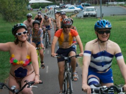 nakedbikeride-4