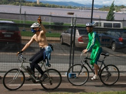 nakedbikeride-5